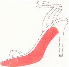 Красный цвет подошвы туфель является товарным знаком в России.